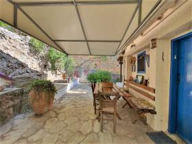Image No.12-Maison / Villa de 2 chambres à vendre à Tyros