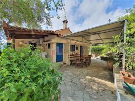 Image No.13-Maison / Villa de 2 chambres à vendre à Tyros