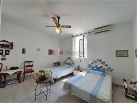 Image No.20-Maison / Villa de 2 chambres à vendre à Tyros