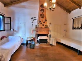 Image No.19-Maison / Villa de 2 chambres à vendre à Tyros