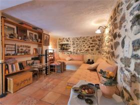 Image No.23-Maison / Villa de 2 chambres à vendre à Tyros