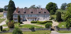 Image No.1-Châteaux de 9 chambres à vendre à Compreignac