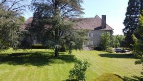 Image No.3-Châteaux de 9 chambres à vendre à Compreignac