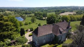 Image No.4-Châteaux de 9 chambres à vendre à Compreignac