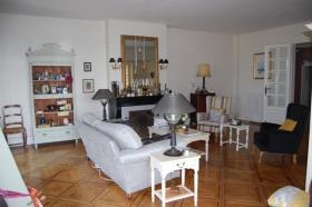 Image No.8-Châteaux de 9 chambres à vendre à Compreignac