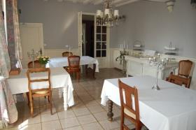 Image No.12-Châteaux de 9 chambres à vendre à Compreignac