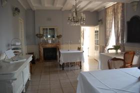 Image No.16-Châteaux de 9 chambres à vendre à Compreignac