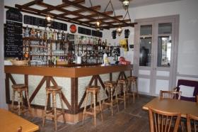 Image No.9-7 Bed Bar for sale