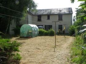 La Souterraine, House