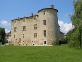 Image No.6-12 Bed Chateaux for sale