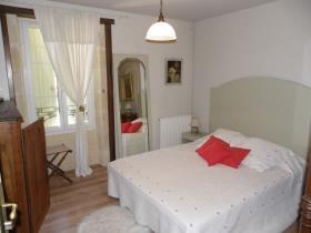 Image No.15-Châteaux de 11 chambres à vendre à Saint-Maigrin