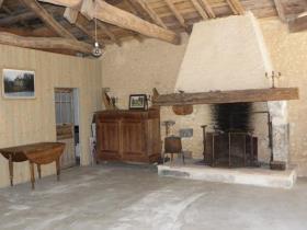Image No.21-Châteaux de 11 chambres à vendre à Saint-Maigrin