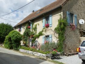 Saint-Pierre-de-Fursac, Country House