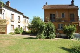 Saint-Pardoux, House