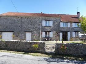 Image No.2-Maison de 5 chambres à vendre à Saint-Sornin-Leulac