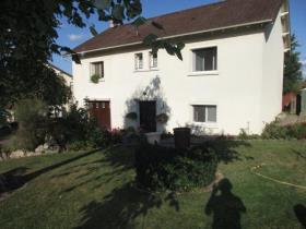 Image No.1-Maison de 4 chambres à vendre à Châteauponsac