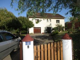 Image No.0-Maison de 4 chambres à vendre à Châteauponsac