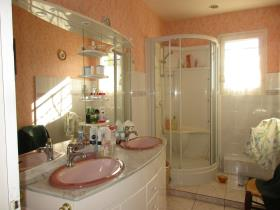 Image No.28-Maison de 4 chambres à vendre à Châteauponsac