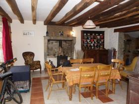 Image No.11-Maison de 4 chambres à vendre à Azat-le-Ris