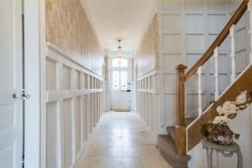 Image No.19-6 Bed House for sale
