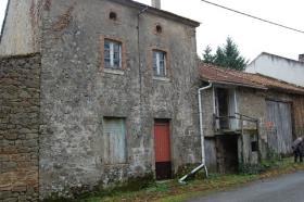 Image No.2-Maison de 4 chambres à vendre à Saint-Amand-Magnazeix