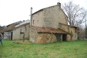 Image No.5-Maison de 4 chambres à vendre à Saint-Amand-Magnazeix