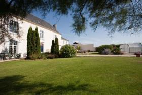 Image No.6-Châteaux de 19 chambres à vendre à Marigny-Brizay