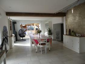 Image No.26-Châteaux de 19 chambres à vendre à Marigny-Brizay