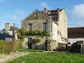 Image No.0-Maison de 4 chambres à vendre à Saint-Léger-Magnazeix