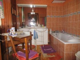 Image No.20-9 Bed House for sale