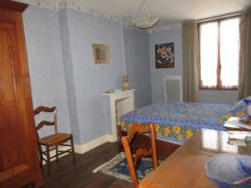 Image No.24-9 Bed House for sale