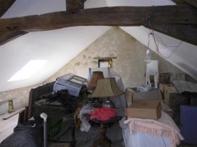Image No.8-Maison de campagne de 4 chambres à vendre à Chénérailles
