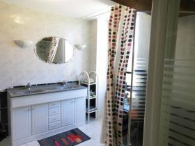 Image No.6-Maison de campagne de 4 chambres à vendre à Chénérailles