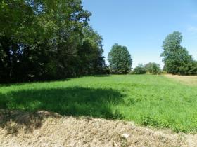 Image No.0-Terre à vendre à Bessines-sur-Gartempe