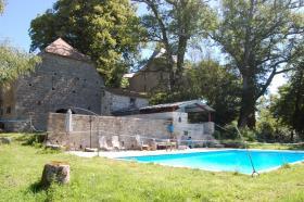 Image No.8-Châteaux de 7 chambres à vendre à Aubusson