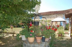 Image No.4-Maison de 8 chambres à vendre à Gajoubert
