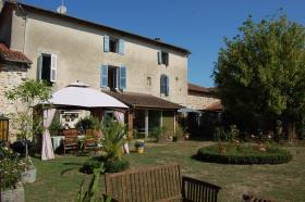 Image No.6-Maison de 8 chambres à vendre à Gajoubert