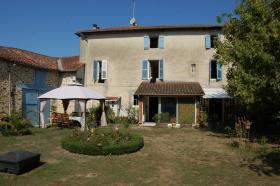 Image No.9-Maison de 8 chambres à vendre à Gajoubert