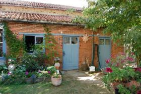 Image No.10-Maison de 8 chambres à vendre à Gajoubert
