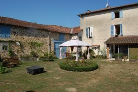 Image No.15-Maison de 8 chambres à vendre à Gajoubert
