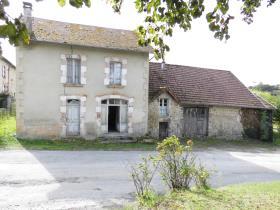 Image No.0-Maison de campagne de 4 chambres à vendre à Saint-Junien-la-Bregère