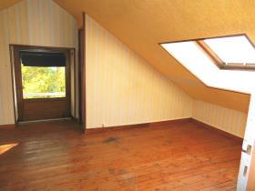 Image No.10-Maison de 4 chambres à vendre à Bourganeuf