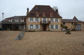 Image No.5-Châteaux de 7 chambres à vendre à Oradour-Saint-Genest