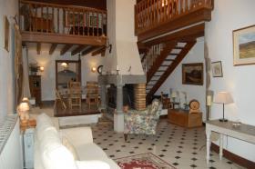 Image No.25-Châteaux de 7 chambres à vendre à Oradour-Saint-Genest