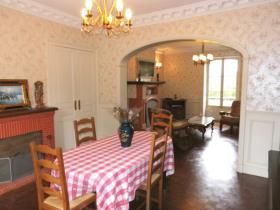 Image No.3-Maison de campagne de 4 chambres à vendre à Vallière