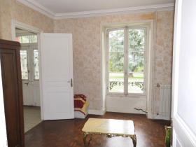 Image No.4-Maison de campagne de 4 chambres à vendre à Vallière