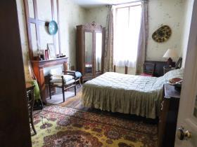 Image No.2-Maison de ville de 4 chambres à vendre à Bourganeuf