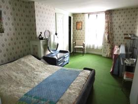 Image No.7-Maison de ville de 4 chambres à vendre à Bourganeuf