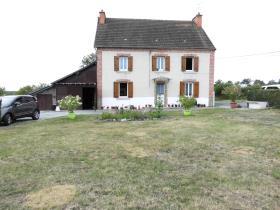 Image No.0-Maison / Villa de 4 chambres à vendre à Lavaveix-les-Mines