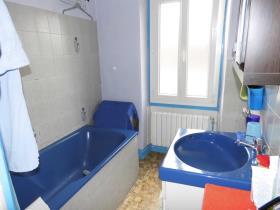 Image No.5-Maison / Villa de 4 chambres à vendre à Lavaveix-les-Mines